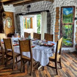 Villa Doris dining room Nono Ecuador