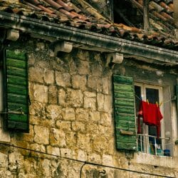 Croatia photo tour David Tejada Window laundry