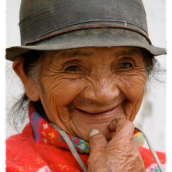 Ecuador woman photo tour Joan Bockenkamp